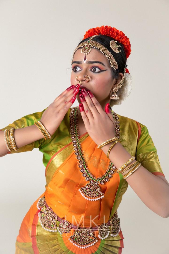 Kavadi Bharata Natyam Dance Portrait #2 | JMKL Collective - arangetram.me